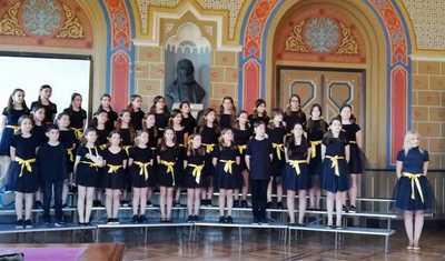 01 Enarksi 37ou xorodiakou festival Karditsas